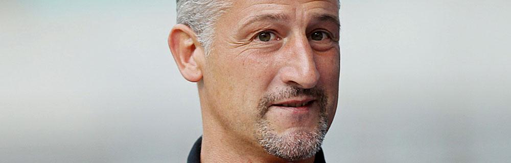 Die besten Online Sportwetten Close-up Gesicht Mann mit Bart