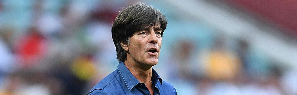 Die besten Online Sportwetten Close-up Fussballtrainer Jogi Löw in Aktion