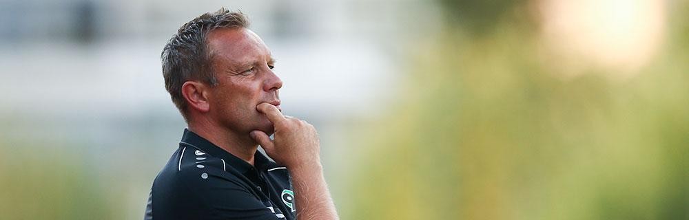 Die besten Online Sportwetten Close-up Gesicht Schulter Fussball Trainer Andre Breitenreiter