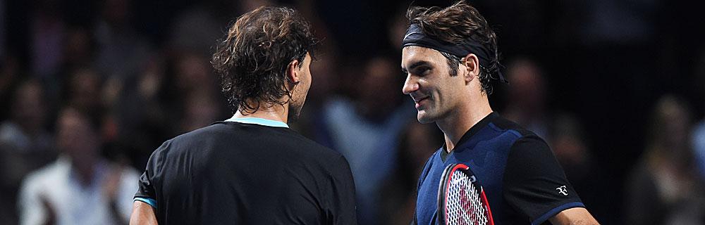 Die besten Online Sportwetten Close-up Tennisspieler Federer Nadal stehen sich gegenüber
