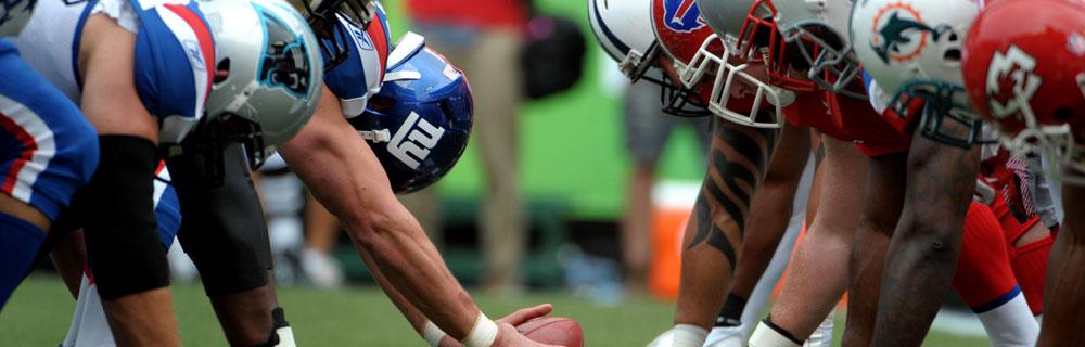 Die besten Online Sportwetten american football close-up Spieler auf Position