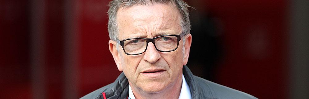 Die besten Online Sportwetten Close-up Gesicht Fussball Trainer Norbert Meier