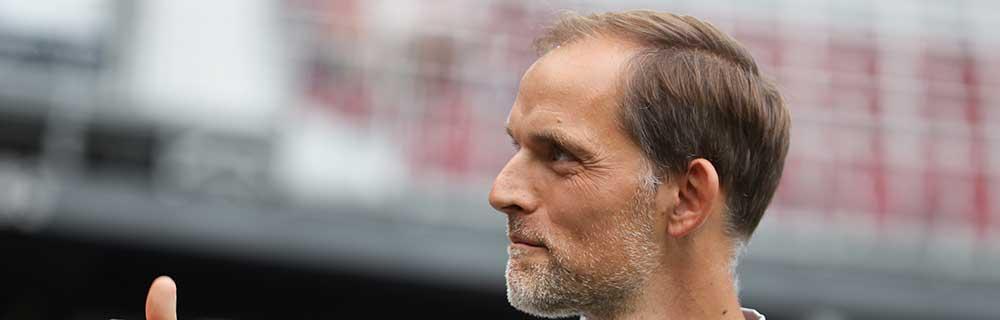 Die besten Online Sportwetten Close-up Gesicht Seitenprofil Fussballtrainer Tuchel am Spielfeldrand