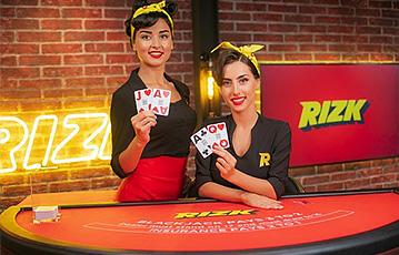 Die besten Online Casino Spiele Live rizk zwei Frauen am Pokertisch
